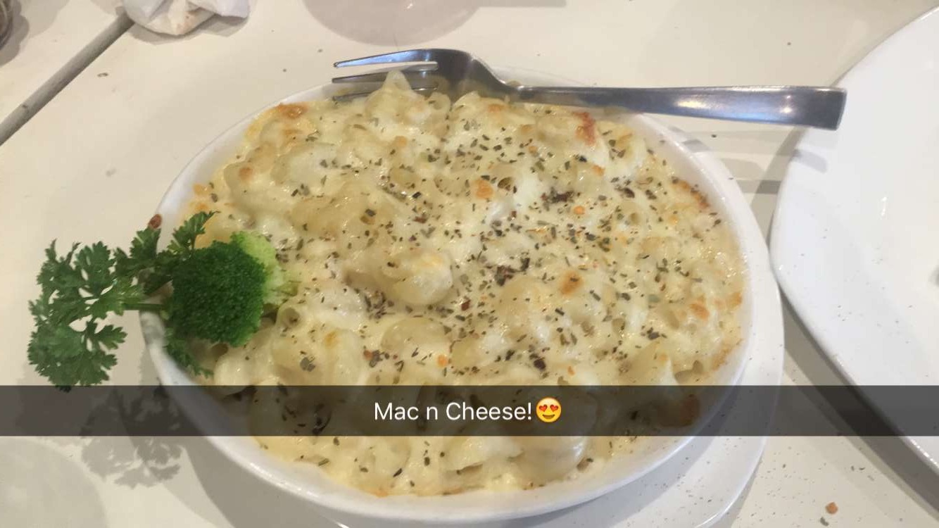 Cheesy Macroni