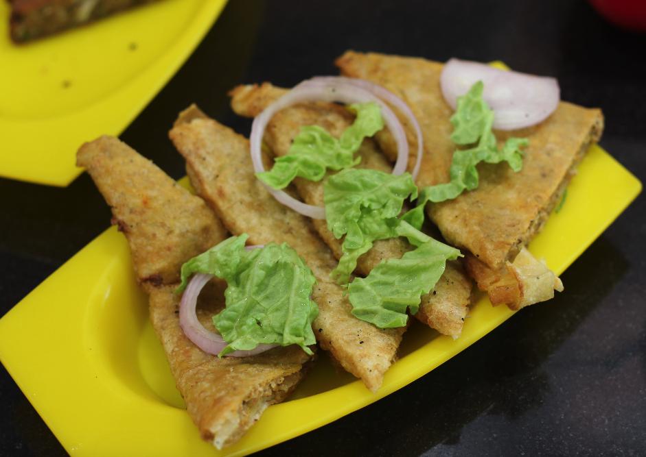 Mughlai Chicken Parantha